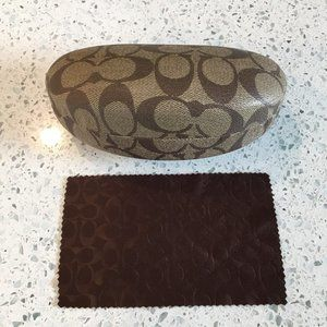 COACH sunglasses case with cleaning cloth like new
